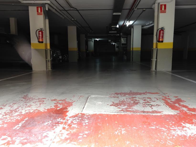 Pintura suelo garaje good pintar taller pintura talleres for Pintura suelo parking